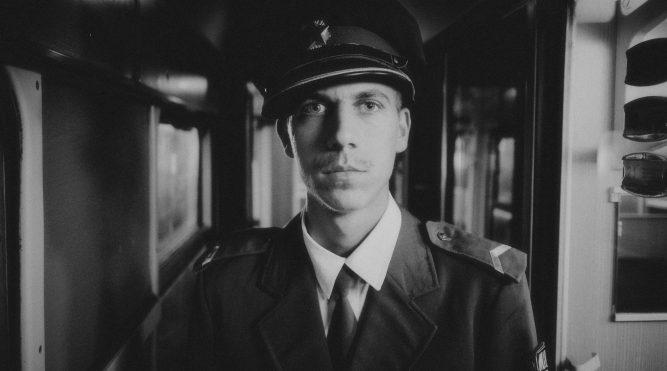 Toni Starešinić – Ritam vlaka 216